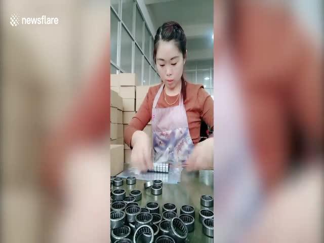 Китайская упаковщица подшипников поражает скоростью работы