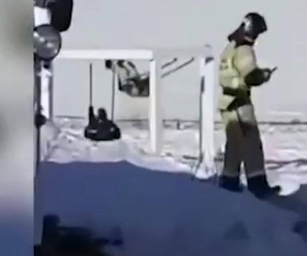 Отдых магаданских спасателей