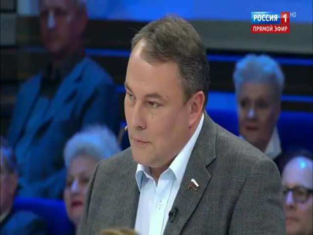 Депутат Госдумы Петр Толстой посоветовал лечиться боярышником