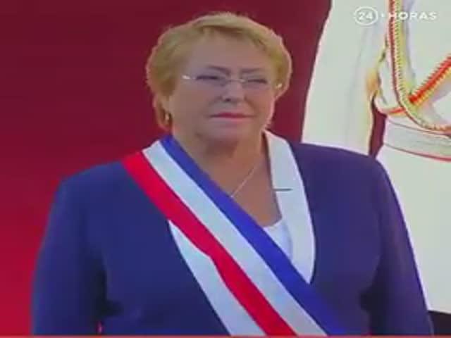 Граждане Чили прощаются с президентом Мишель Бачелет
