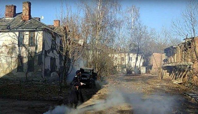 В Смоленске военную разруху можно снимать прямо на реальных улицах города (10 фото)