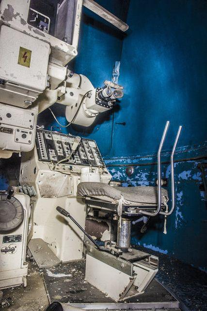 Заброшенная станция оптического наблюдения в Подмосковье (13 фото)