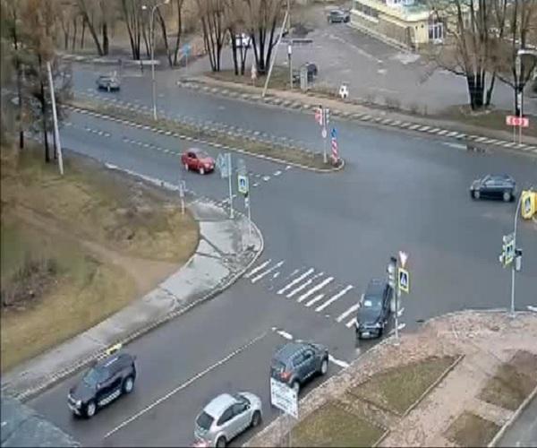 Автоледи не уступила дорогу, и вот последствия