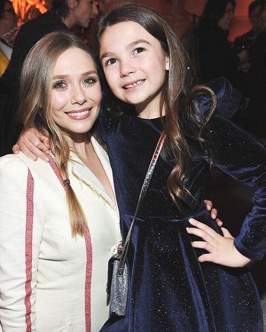 Элизабет Олсен - младшая сестра знаменитых сестер-близнецов, которую знают далеко не все (20 фото)