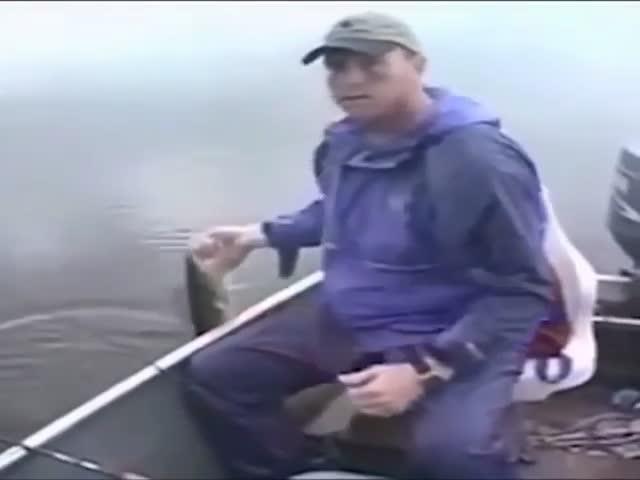 Рыбак не сразу понял, что сделал