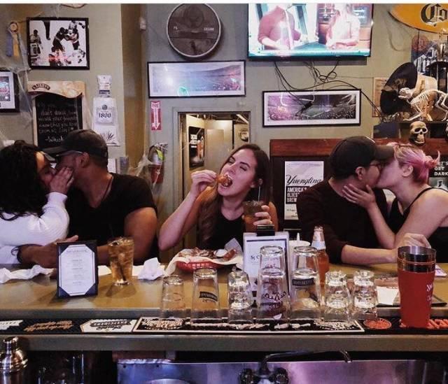 Забавные фото одиноких людей (29 фото)