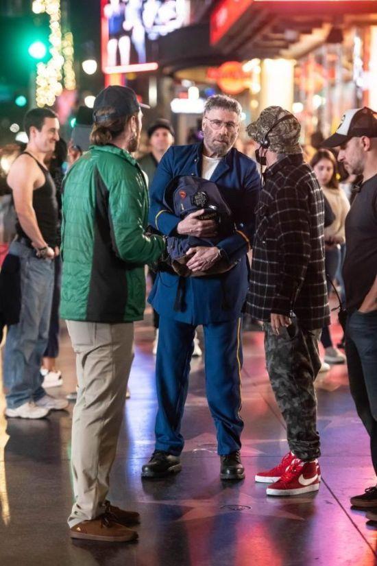 Фронтмен группы Limp Bizkit Фред Дёрст сильно изменил внешность знаменитого голливудского актера. Догадываетесь, кто это? (3 фото)