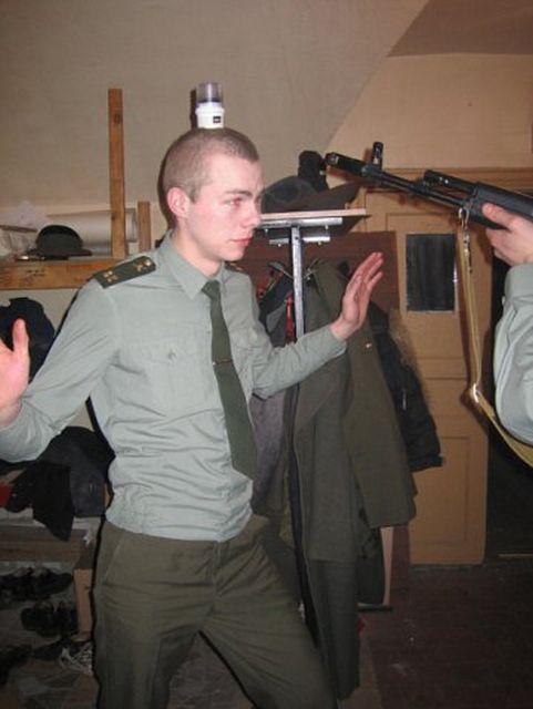 Армейский юмор (37 фото)