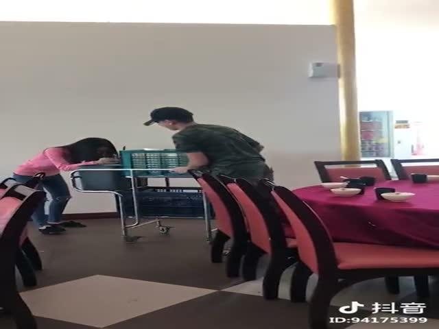Мастер сервировки стола