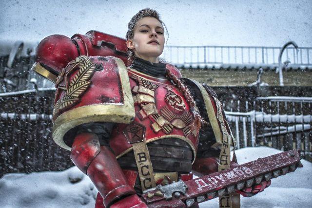 Советская космодесантница из Warhammer 40000 (7 фото)