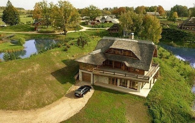 Аматциемс - современный эко-поселок в Латвии (8 фото)