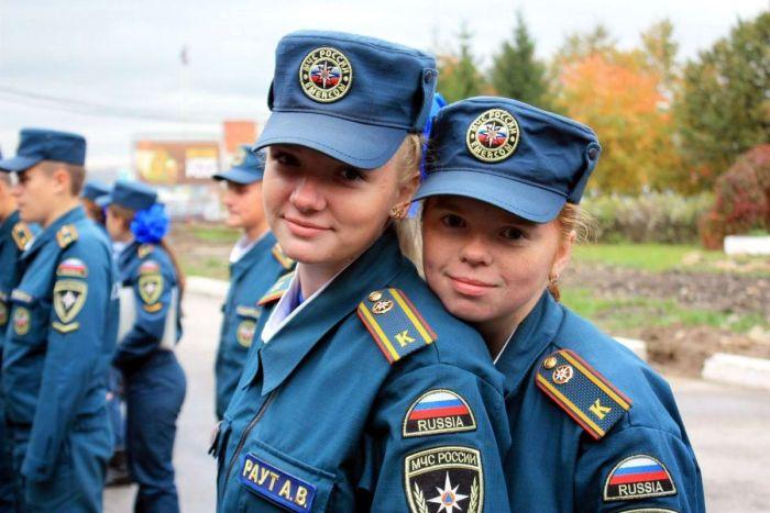 Прекрасная половина служащих МВД, МЧС и ФСИН (35 фото)
