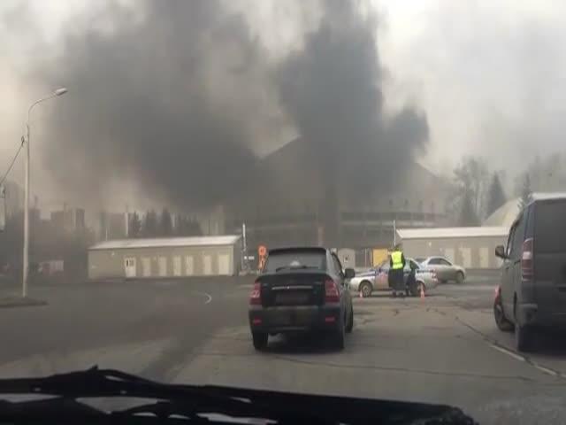 В Краснодаре произошел пожар во Дворце спорта имени Ивана Ярыгина