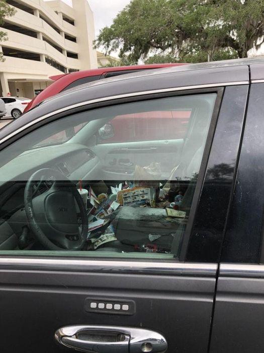Автомобили-свалки из США  (23 фото)
