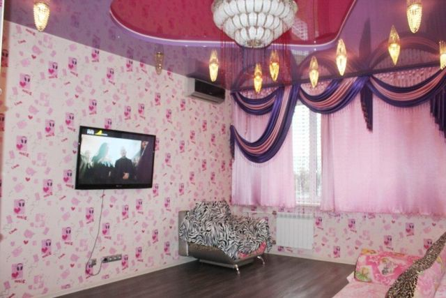Роскошь по-русски в кемеровской квартире (7 фото)