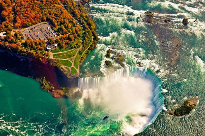 Самые красивые места на земле (26 фото)