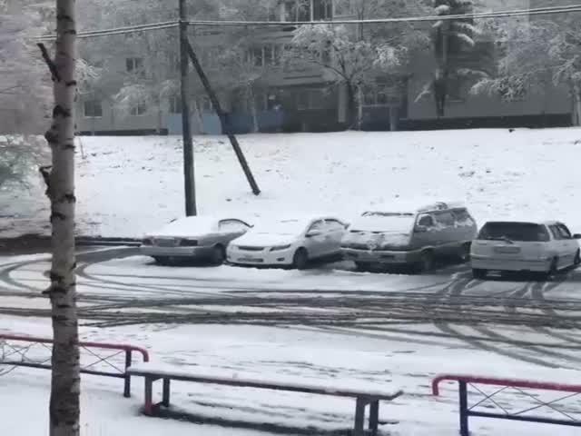 Тынду накрыл снегопад