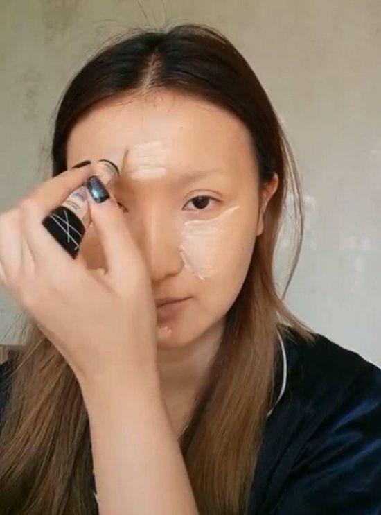 Китаянка превратила себя в живую Мона Лизу (16 фото + видео)