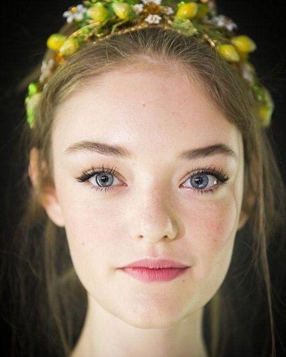 Успешные девушки с необычной внешностью (22 фото)