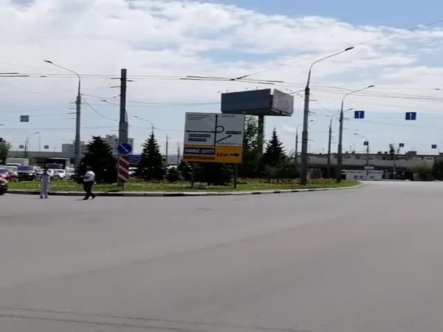 В Волгограде из-за проезда кортежа Валентины Матвиенко задержали скорую помощь