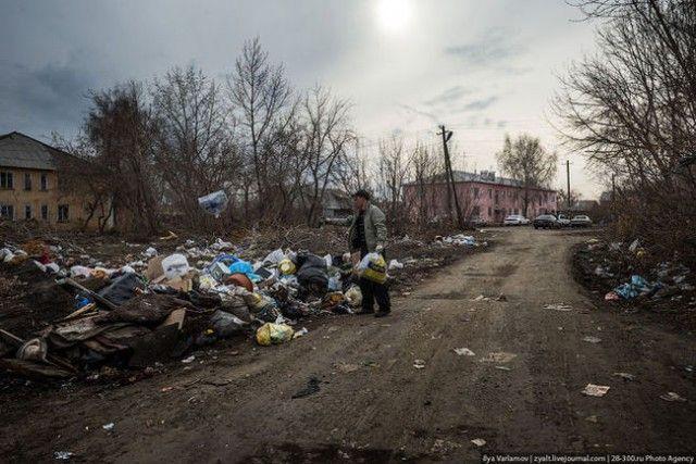 Бездомная жизнь в Москве (16 фото)