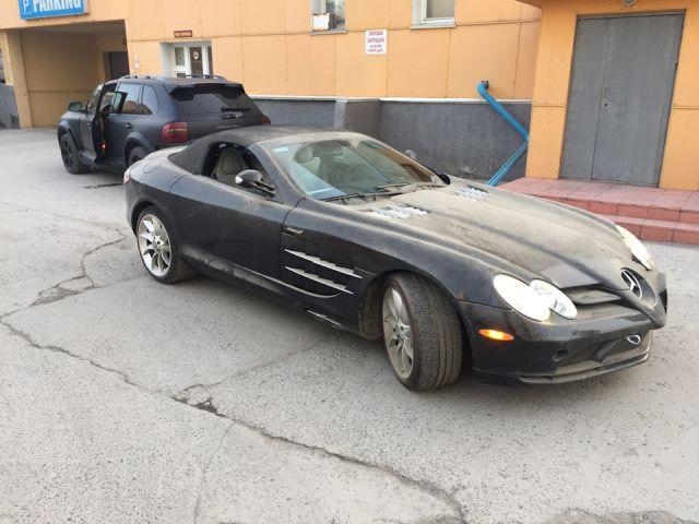 Забытый Mercedes-McLaren SLR нашли на подземном паркинге в Новосибирске (10 фото)