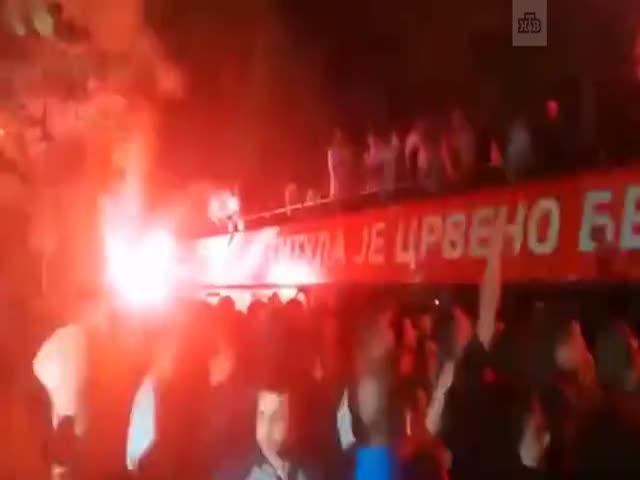 Футболисты «Црвены Звезды» едва не сгорели, празднуя победу в чемпионате Сербии