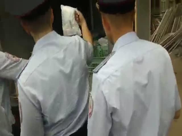 Волгоградским полицейским не понравился сухпаек