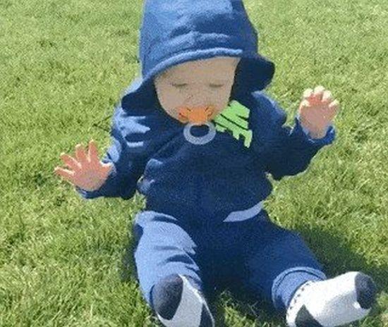 Дети, которые боятся травы (10 гифок)