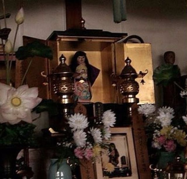 Кукла-призрак Окико, у которой растут волосы (4 фото)