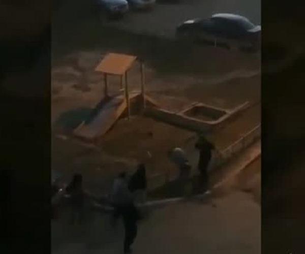 Житель Якутска успокоил подростков ударом в челюсть