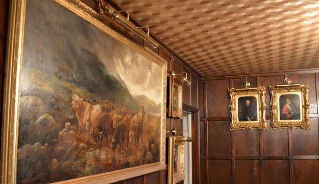 Британский наркоторговец замаскировал роскошный особняк под сарай (7 фото)