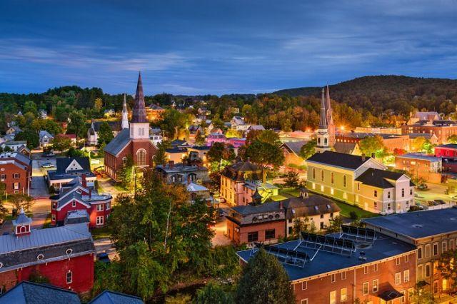 Американский штат Вермонт будет платить 10 000 долларов тем, кто переедет туда на ПМЖ (4 фото)