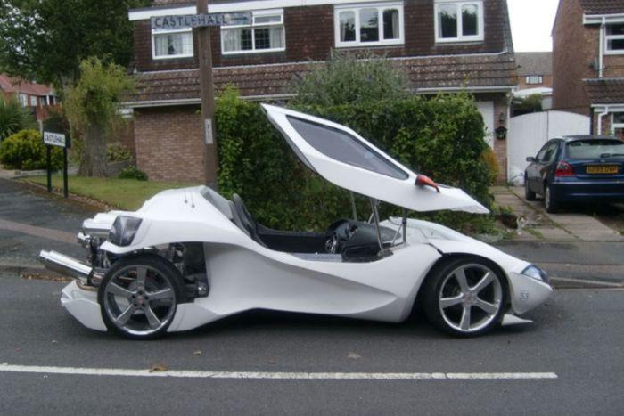 Уникальный спорткар (8 фото)