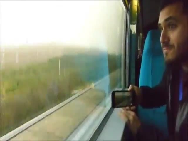 Как расходятся скоростные пассажирские поезда