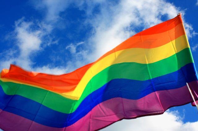 Разрешение наркотиков и ЛГБТ и другие питерские нововведения к ЧМ-2018 (12 фото)
