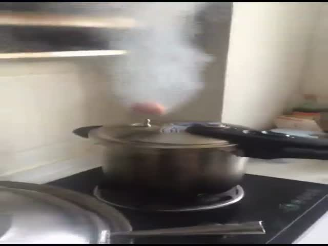 """""""Магическая"""" варка яиц"""