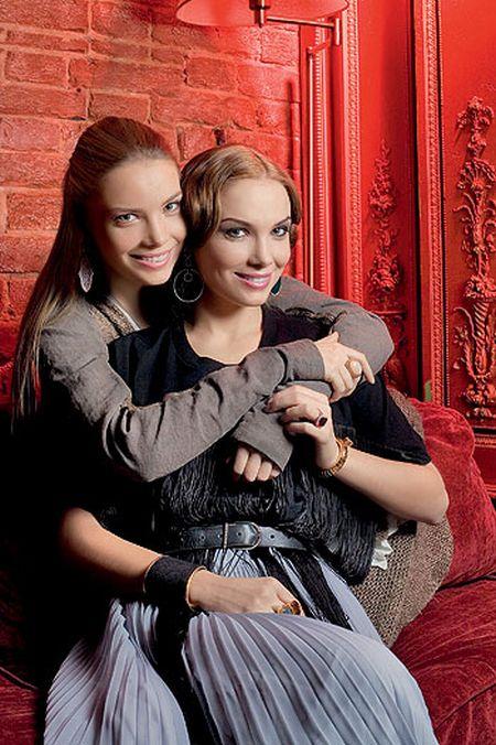 Как с годами менялись сестры-близнецы Татьяна и Ольга Арнтгольц (9 фото)
