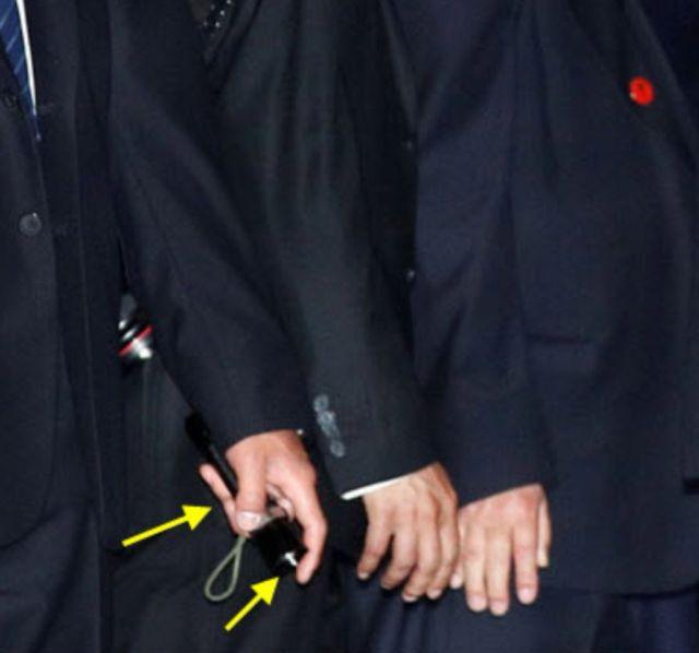 Суровые телохранители Ким Чен Ына (3 фото)