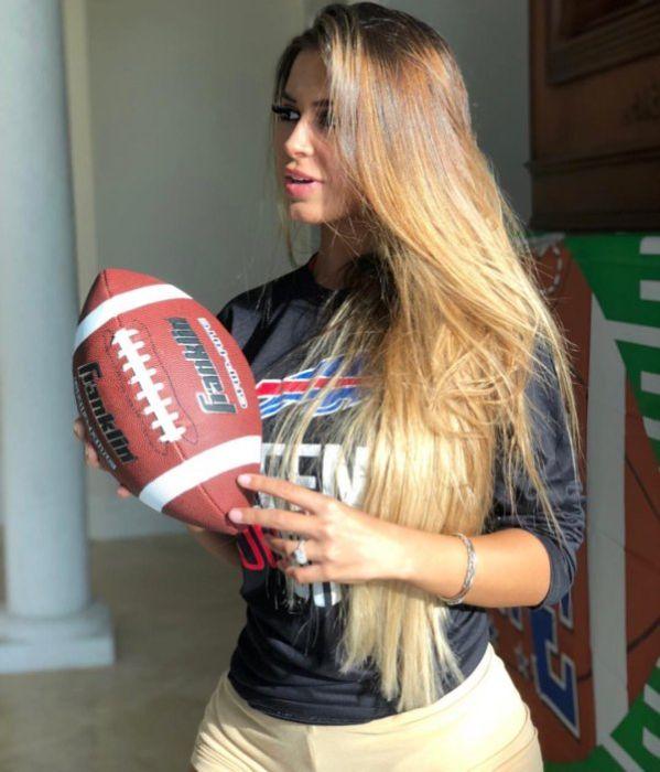 Девушки, которые любят спорт (30 фото)