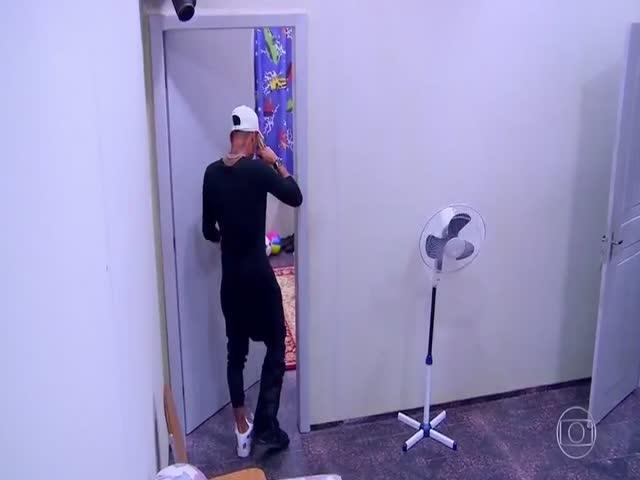 Неймар и копия комнаты его детства
