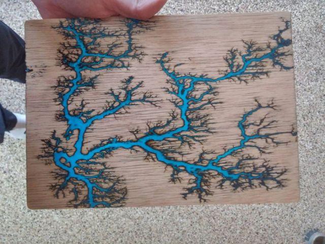 Шедевры из дерева (9 фото + 2 видео)