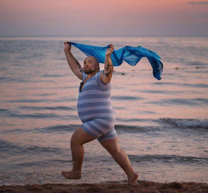 Шуточная фотосессия на берегу Черного моря (7 фото)