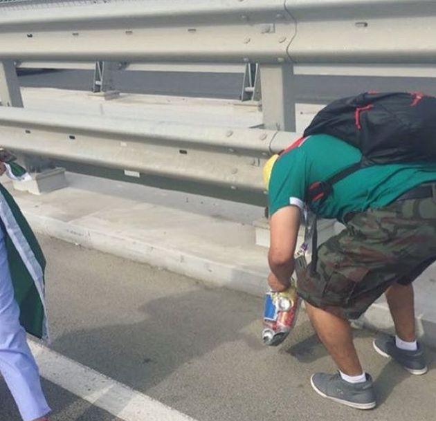 Мексиканский супергерой после матча в Ростове (4 фото)