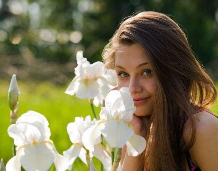 Милые и привлекательные девушки (37 фото)