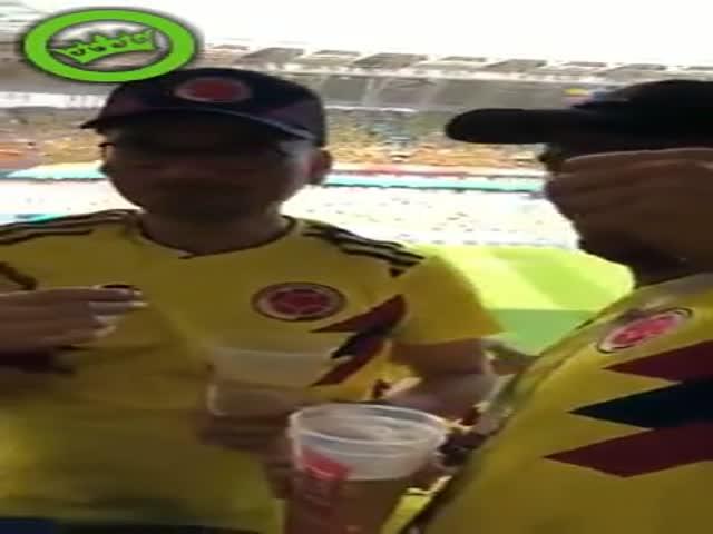 Иностранные болельщики показали, как можно пронести алкоголь на матч