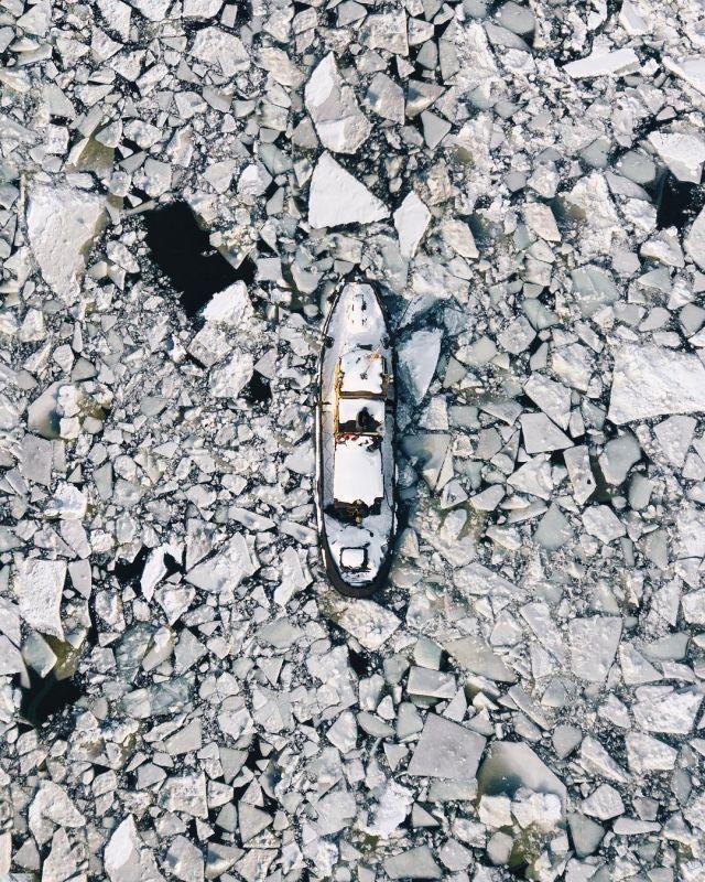 Заброшенные места на просторах нашей бескрайней (25 фото)