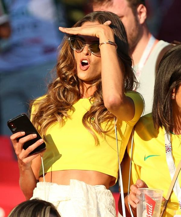 "Супермодели Victoria's Secret побывали на матче ""Сербия - Бразилия"" (14 фото)"