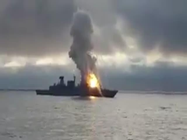 Неудачный запуск ракеты на немецком фрегате