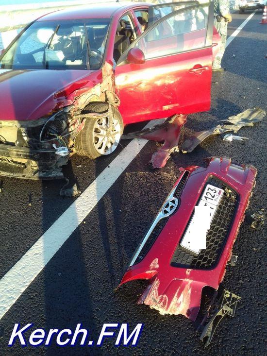 Авария на Крымском мосту из-за любительницы селфи за рулем (7 фото + видео)